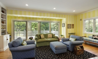 Nantucket Style Home and Paint Colors