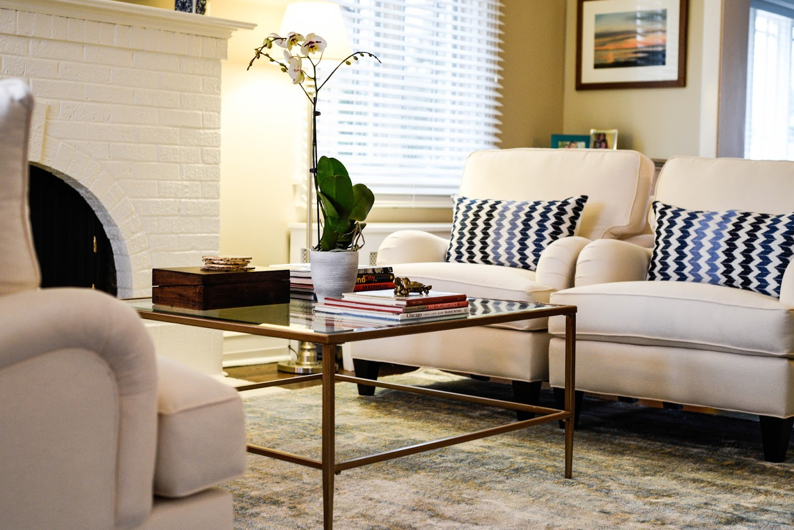 classic and vintage living room www.homewithkeki.com