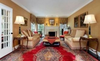 Simple Steps When Staging Your Living Room