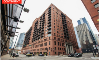 Feature Friday // 165 Canal Unit 1504 Chicago