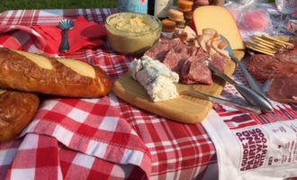 Fourth Of July Picnic Styling