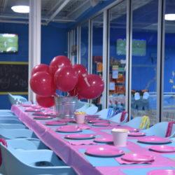 toddler pool birthday party www.homewithkeki.com