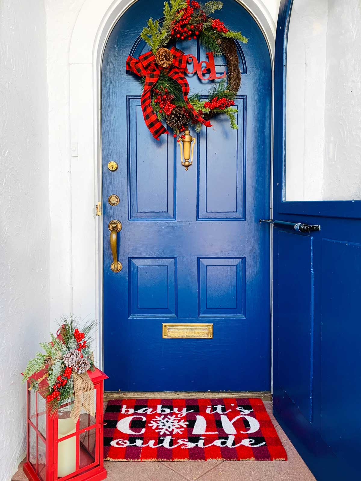 Holiday Front Door - Home with Keki