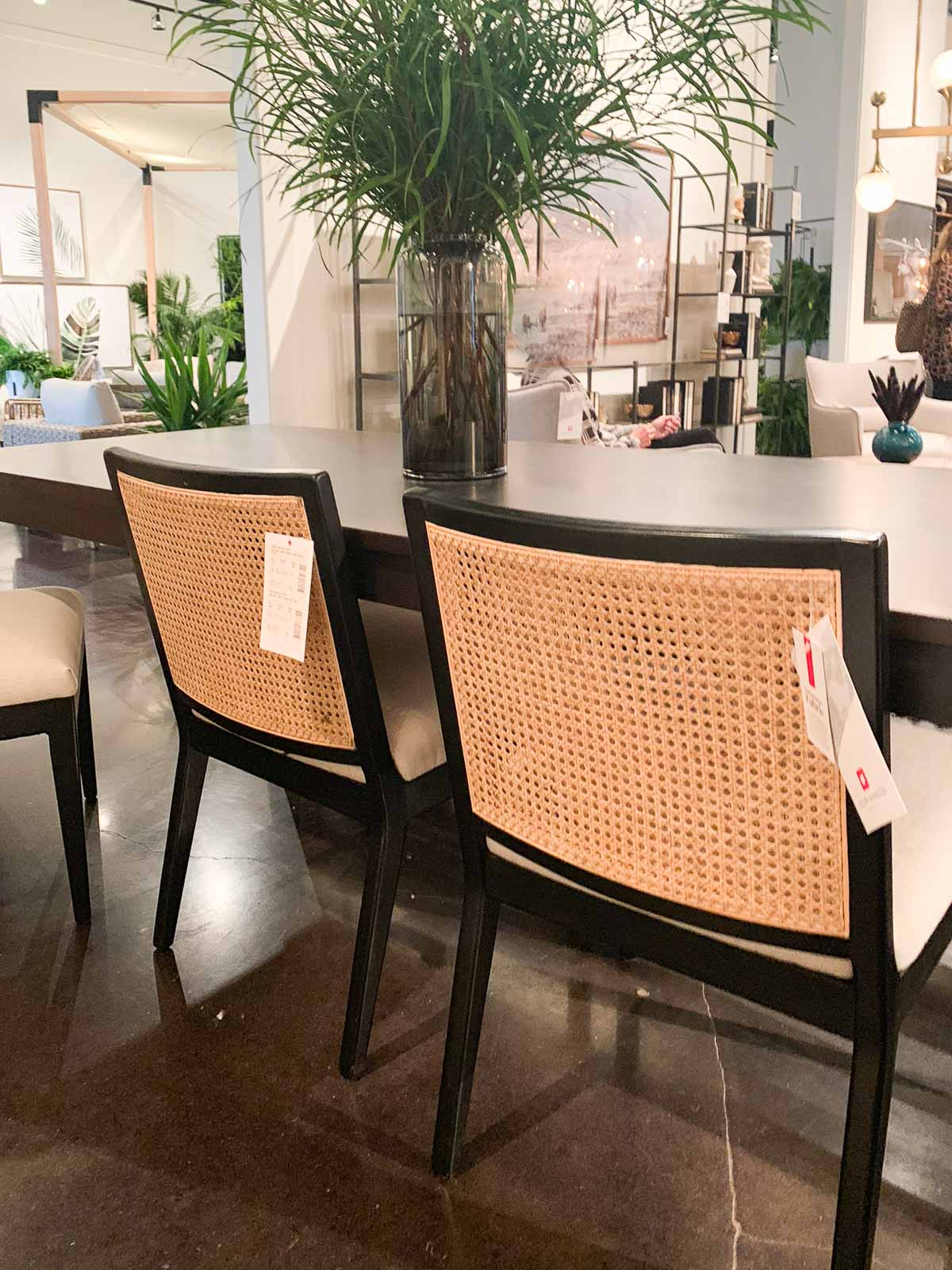 2019 color trends home with keki - Dining room trends 2019 ...