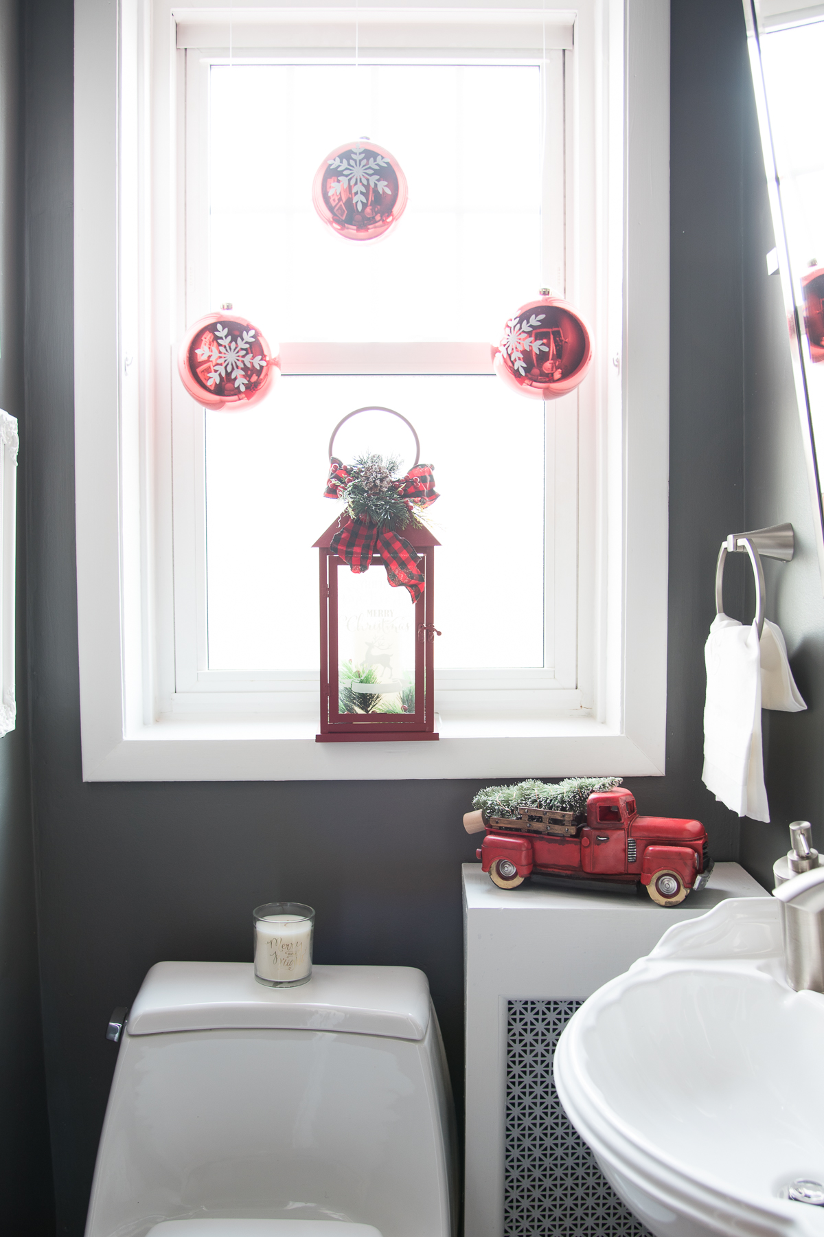 Powder Room Updates - Holiday Decorating - Home with Keki