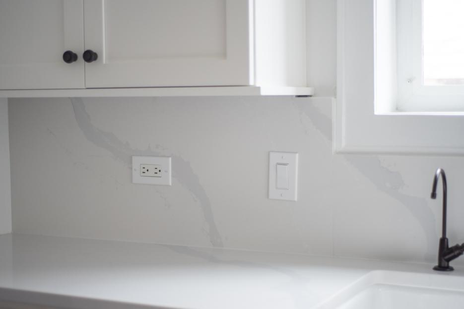 Quartz Countertop and Quartz Backsplash - Home with Keki